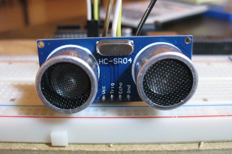 Misurare una distanza con Arduino e un sensore ultrasuoni hc-sr04