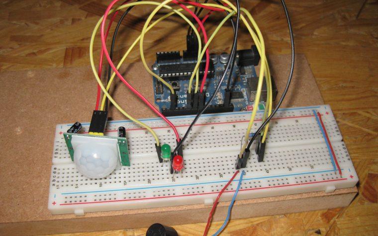 Rilevare un movimento con Arduino e un sensore PIR HC-SR501